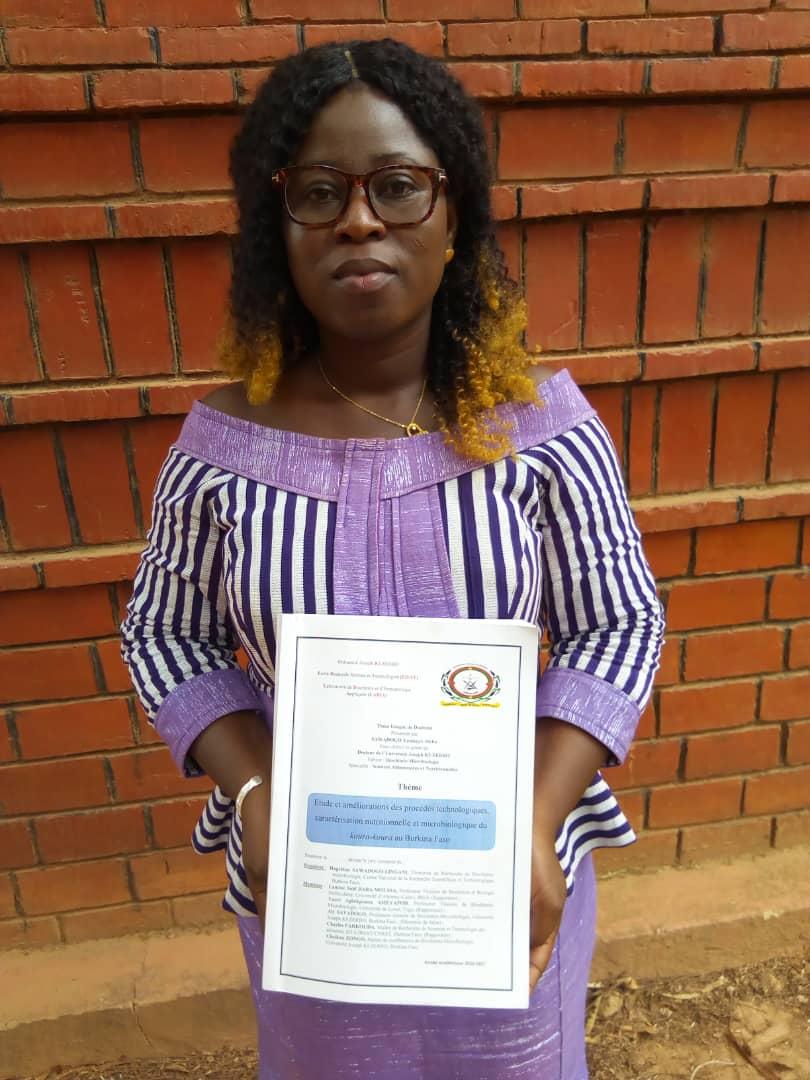 Dr Yamkaye Aïcha Sawadogo a été declarée digne du grade de docteure de l'Université Joseph Ki-Zerbo avec mention très honorable. @bendre.bf